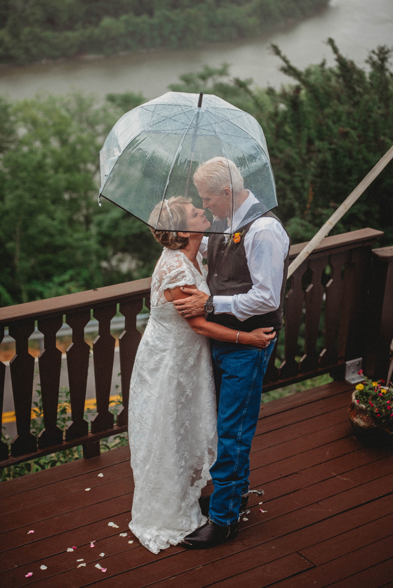 mountain wedding, rainy days, cowboy